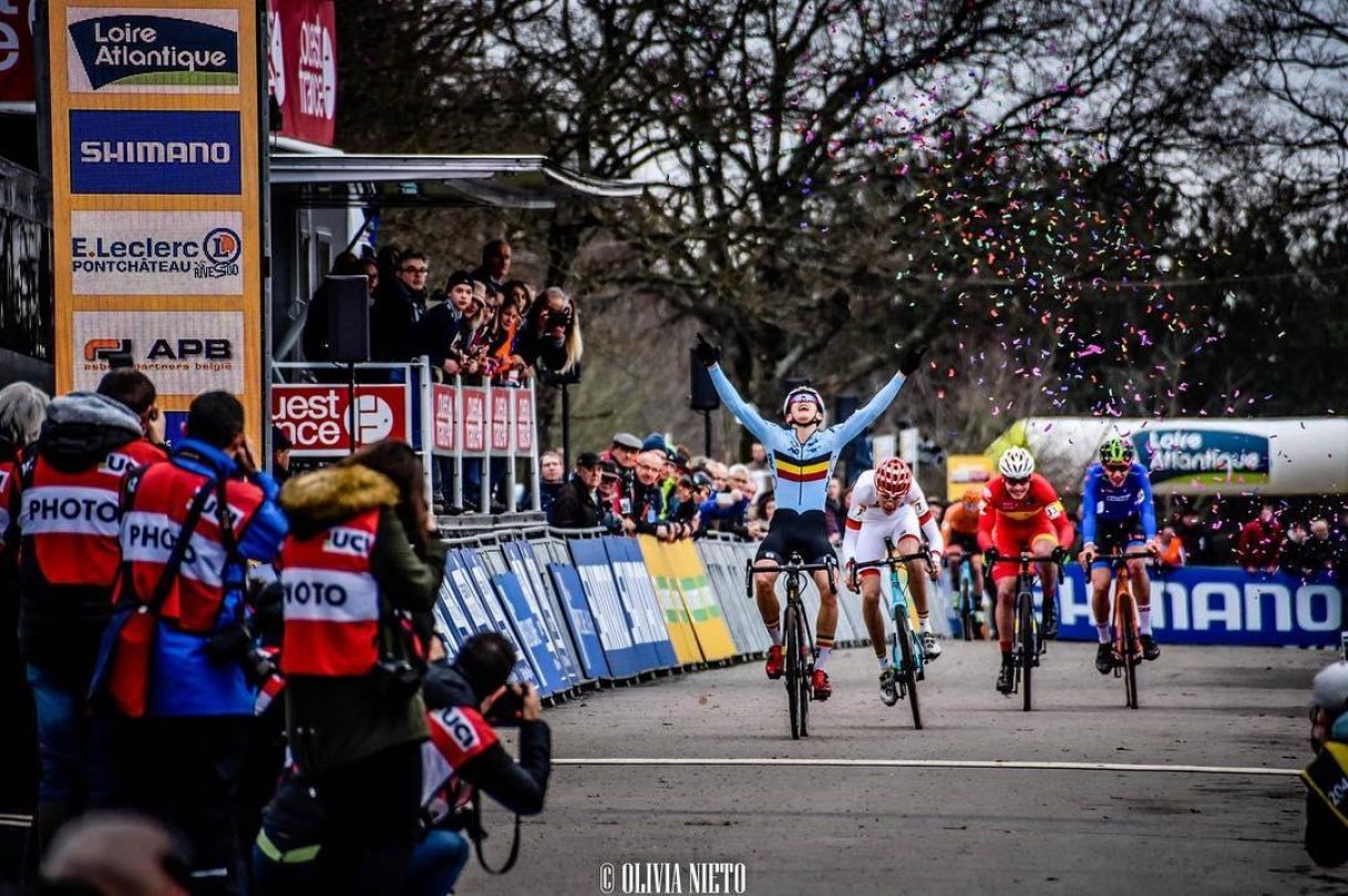 Thibau Nys chooses Dune for his first world cup win